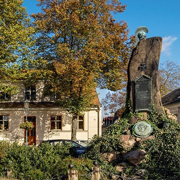 Teltow Gedenkstein